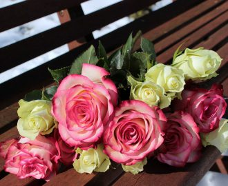 bouquet-of-roses-1246490_960_720